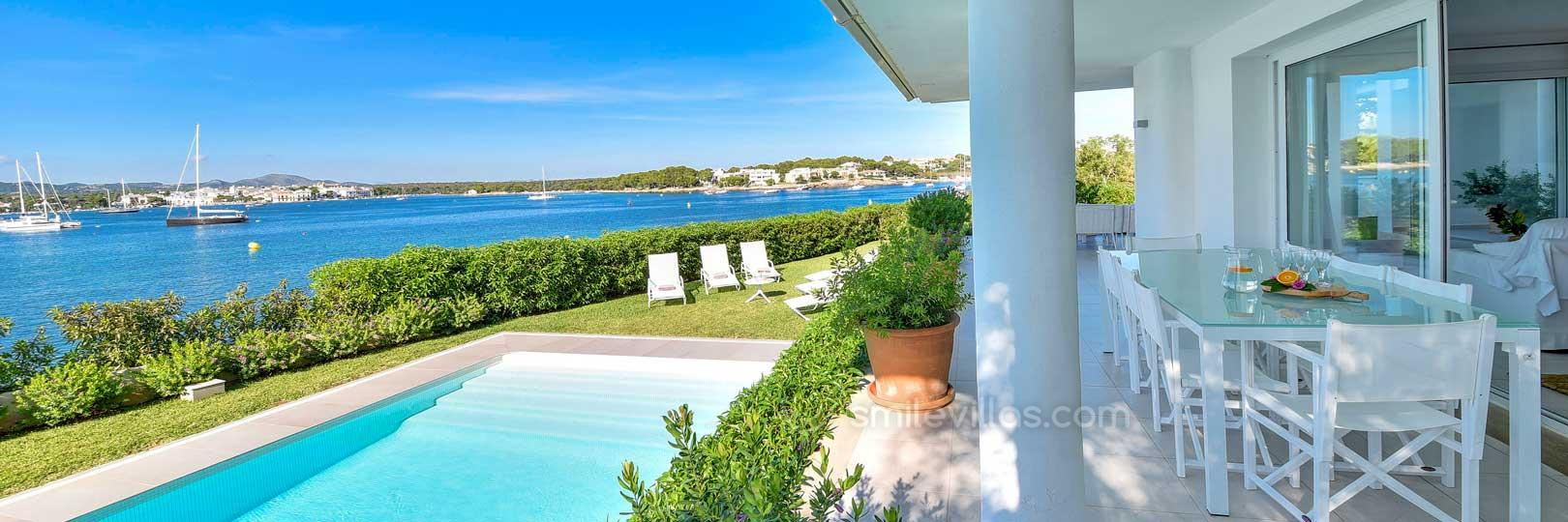 Seafront villa with private pool. Self catering Mallorca.